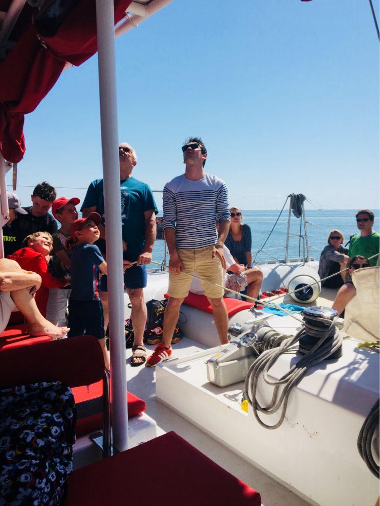 équipage bateau catamaran Lucile 2 grand voile
