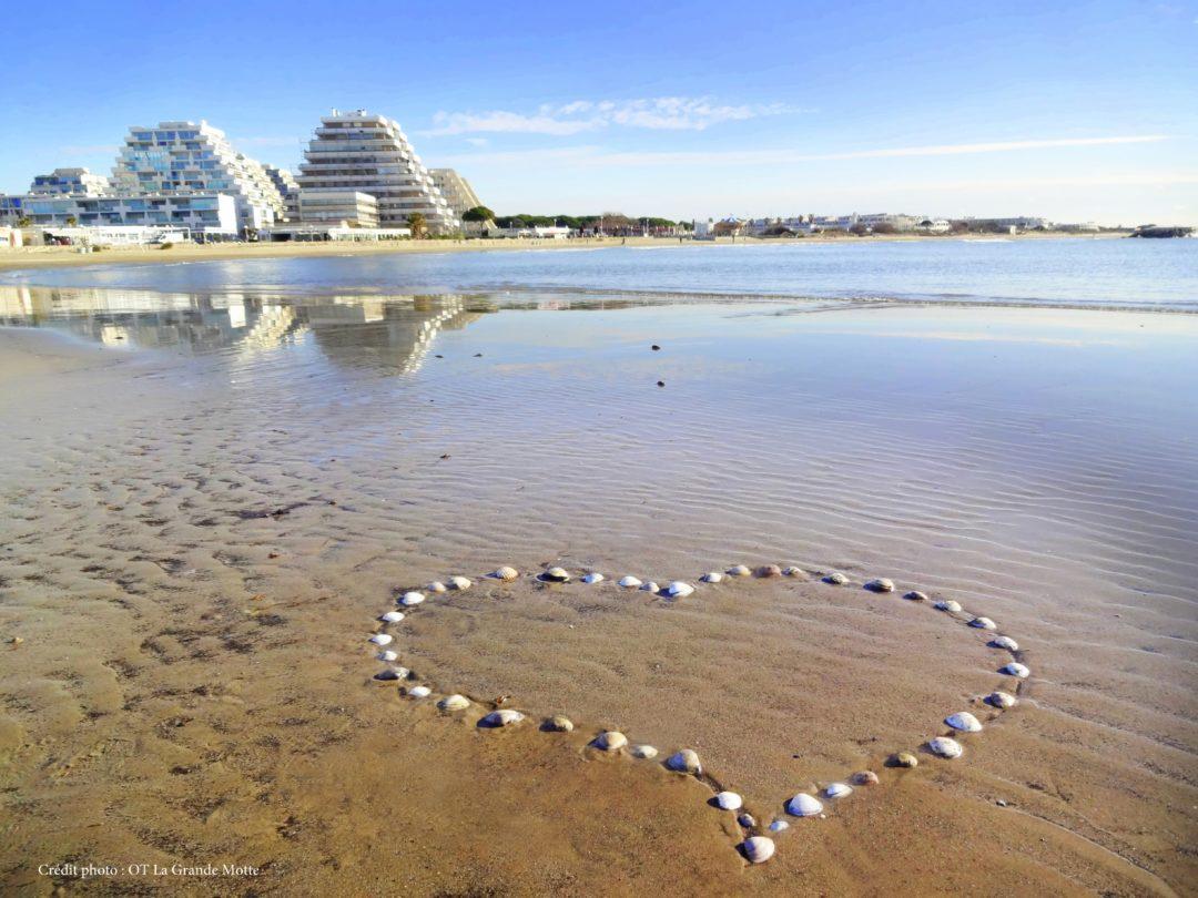 La plage en Hiver pour une saint valentin inoubliable