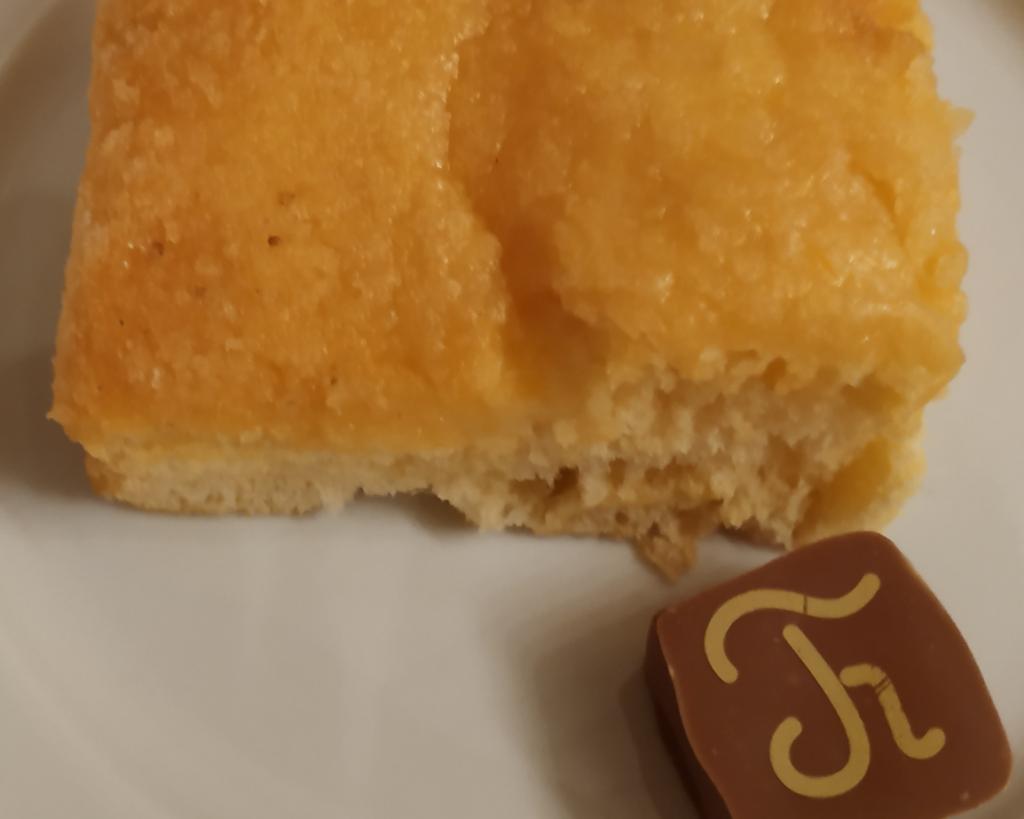 Fougasse d'Aigues-Mortes et son chocolat.